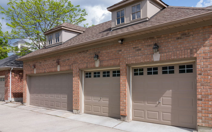 Garage door expert Syosset New York 11791